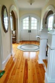 Lối vào không lộn xộn cho phép chi năng lượng đi vào và chảy qua nhà.