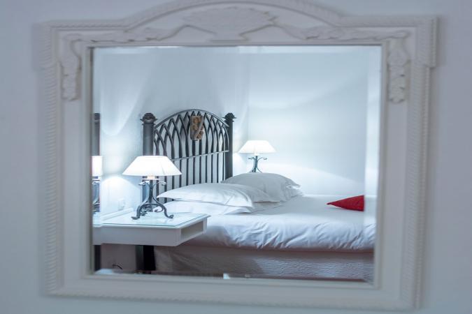 phản ánh cấm kỵ của giường