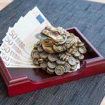 Ếch tiền