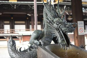 Điêu khắc rồng Nhật Bản