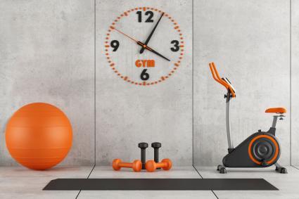 phòng tập thể dục tại nhà màu cam và màu xám