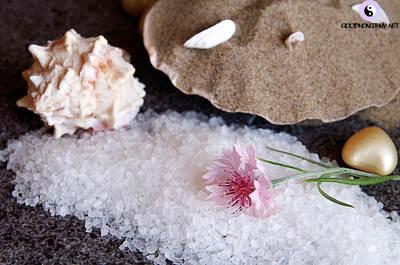 làm sạch với muối