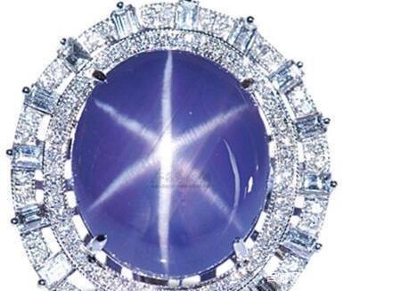 Viên Sapphire Lớn Nhất Thế Giới (3)