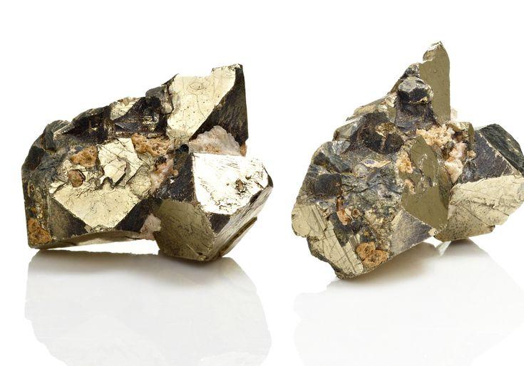 Lew Robertson G Pyrite 56a2e2015f9b58b7d0cf7edf