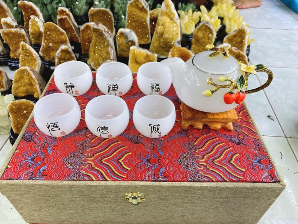 Bộ ấm chén đá quý pha trà